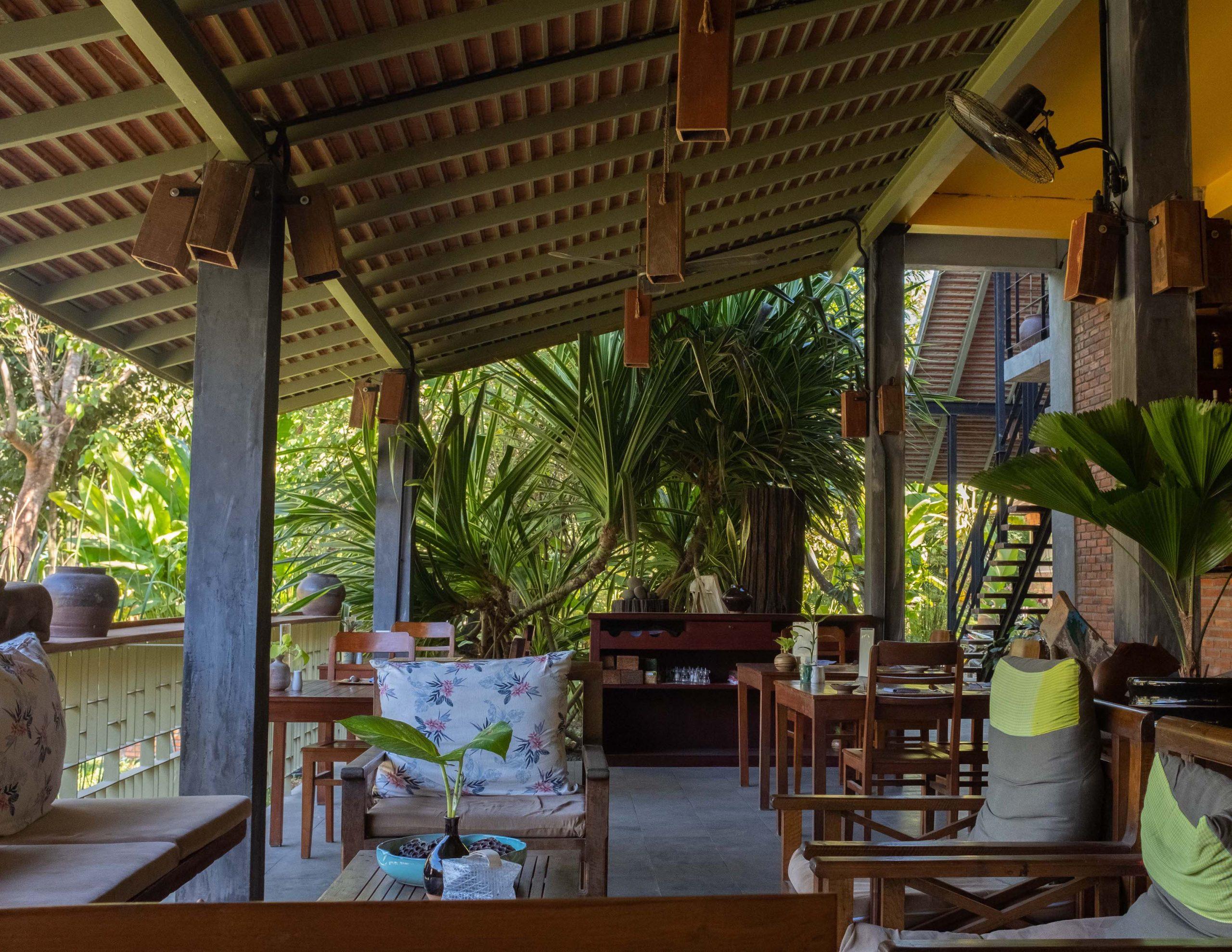 Maison Wat Kor Battambang dinning area